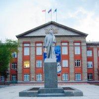 Памятник Ленину в Новосибирске :: Света Кондрашова