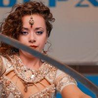 Девушка с саблей. :: Алексей Хаустов