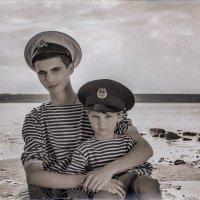 В красавице Одессе мальчишка голоштанный с ребячьих лет считался заправским моряком :: Ира