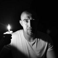 Пока горит свет - выход есть! :: Вячеслав Богомолов