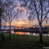 Вечер на Текинском пруду :: Сергей