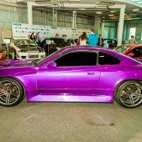 Такой вот цвет машины :: Валерий Смирнов