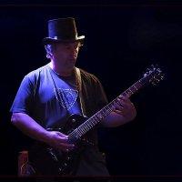Гитара в шляпе! :: Shmual Hava Retro