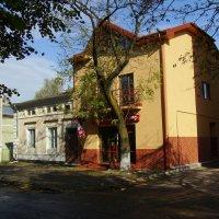 Офисное  здание  в  Стрыю :: Андрей  Васильевич Коляскин