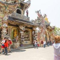 Пагода Линь Фуок. Далат. Вьетнам :: Татьяна Калинкина