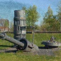 Арт-объект возле пристани :: Nina Yudicheva