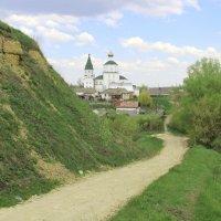 Дорога к храму. Май 2016г. :: Борис Митрохин