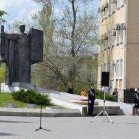 У вечного огня :: Валерий Лазарев