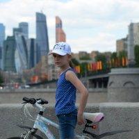 Велопрогулка :: Сергей Куликов