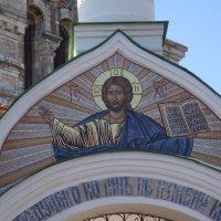 Перед входом в монастырь :: Григорьева Анжелика
