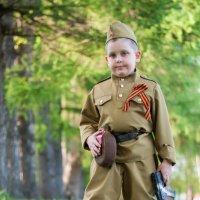Бравый солдат. :: Алексей Ковынев