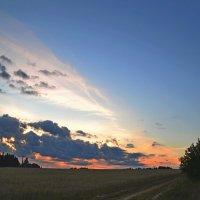 Деревня Чажи. Закат :: Алексей Могилёв