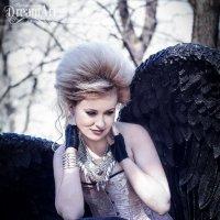 Задумчивый Ангел :: Татьяна Гордеева