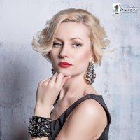 Она :: Ярослава Громова