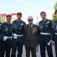 Воины разных поколений :: Вера Моисеева