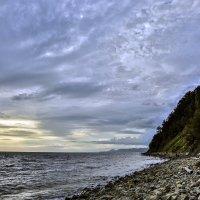 Нудистский пляж вечером :: Александр Заварухин