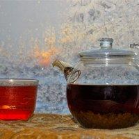 Чай у замёрзшего окна :: Сергей Чиняев