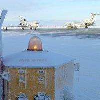 Пейзаж с инвентарным номером..(или электророзетка для самолётов, с огнетушителем) :: Alexey YakovLev