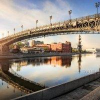 В стальных тисках моста :: Юлия Батурина