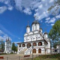 Церковь Преображения Господня в Больших Вязёмах :: Евгений Голубев