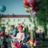 Едем едем в соседнее село на дискотеку.... :: Сергей Магер