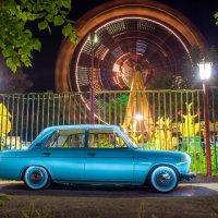 ВАЗ 2106 в парке атракционов :: Константин Кордонский