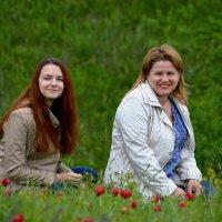 Мама и дочь в восторге :: Валерий Лазарев