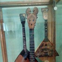 Балалайки из музея музыки. (Санкт-Петербург) :: Светлана Калмыкова