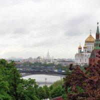 Вид из Кремля :: Михаил Малец