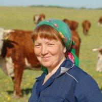 Есть женщины в наших селениях...)) :: Владимир Хиль