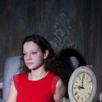 Анжела и часы :: Андрей Новосёлов