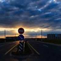 День весенний завершён Отдыхать уходит солнце... :: Анатолий Клепешнёв