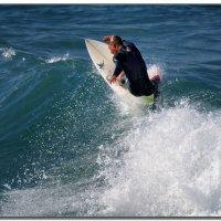 На гребне волны. :: Leonid Korenfeld