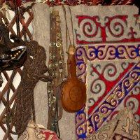 Убранство казахской юрты :: Александр Облещенко