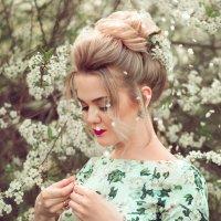 нежные цветы... :: Оксана ЛОбова