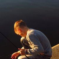 Идеальный рыбак: ему было не до меня :: Андрей Лукьянов