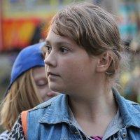 ... Девчата с нашего двора... :: Дмитрий Иншин