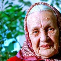 Дама-весь век... :: Сергей