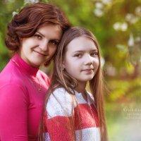Мама и дочь, такие разные, но единое целое! :: Nadin Keara