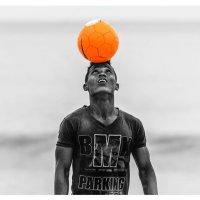 Любитель футбола...Мадагаскар! :: Александр Вивчарик