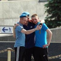 фото на память или братаны :: Олег Лукьянов