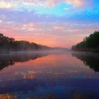 Утро на реке :: Евгений Замковой