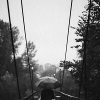 Наедине с дождем :: Лоретта Санина