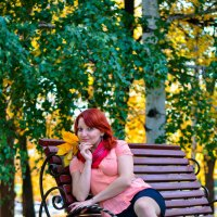 В осеннем парке :: Сергей Тагиров