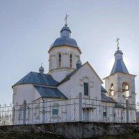 Сельская церковь :: Сергей Тарабара