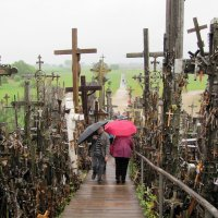 На горе крестов в г. Шяуляй :: Людмила Жданова