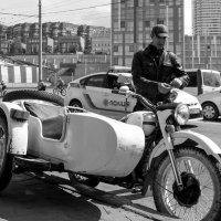 Мотоциклист :: Artem Zelenyuk