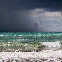 торнадо в море :: сергей навроцкий