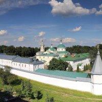 Свято-Екатерининский монастырь :: Евгений Голубев