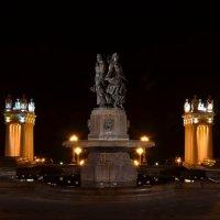 Ночной Волгоград :: Евгений Яковенко